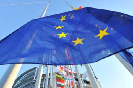 UE elabora agenda para recobrar control de fronteras hasta 2017