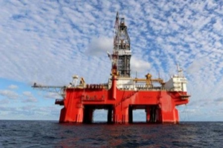 Cobertura petrolera respalda precio del crudo, asegura diputado