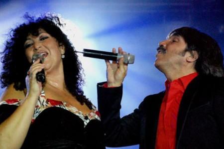 Amanda Miguel y Diego Verdaguer asistirán a recepción al Papa