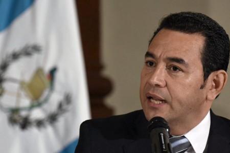 Asume Jimmy Morales la presidencia de Guatemala
