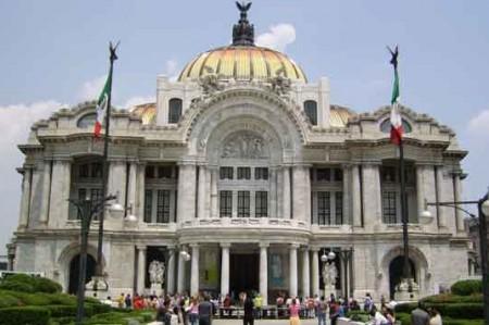 Aclaran polémica por concierto de Mijares en Bellas Artes