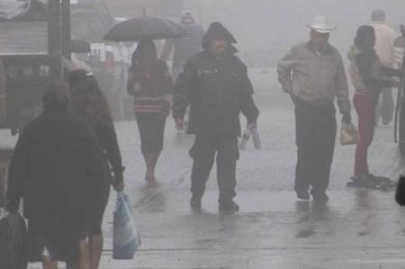 Nevadas y lluvias afectan a Sonora por tormenta invernal