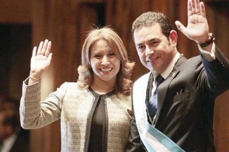 Jimmy Morales se lanza contra la corrupción