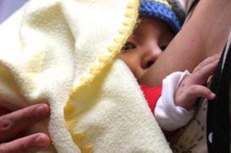Leyes en el mundo para proteger la lactancia materna son inadecuadas