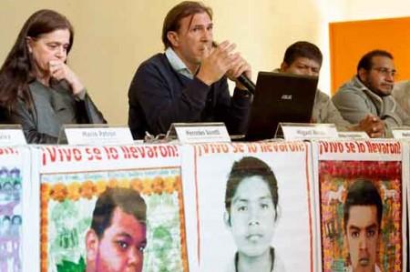 'Los 43 no fueron incinerados', insisten expertos argentinos
