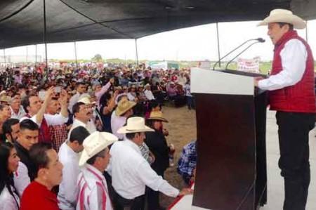 Baltazar hace campaña en El Mante