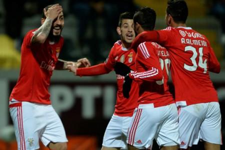 Benfica vence a Paços Ferreira  3-1 y se coloca de líder provisional