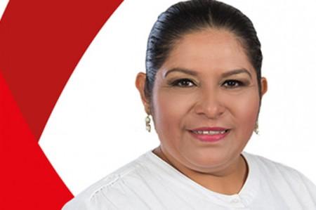 Captan a alcaldesa de Centla, Tabasco, bailando con strippers; video
