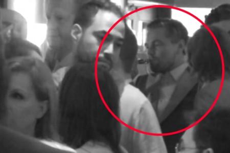 Captan celebración de DiCaprio tras el Oscar