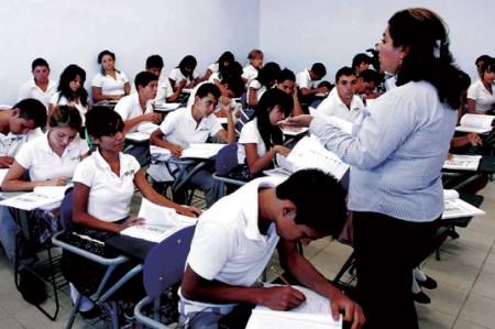 Jubilación de profesores pega a escuelas de Reynosa
