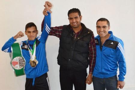 Boxeador Edwin Cano debutará como profesional en Michoacán