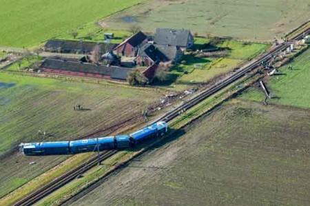 Trenazo en Holanda deja un muerto y siete heridos