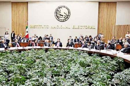 INE entrega propuestas para redistritación electoral en 8 estados