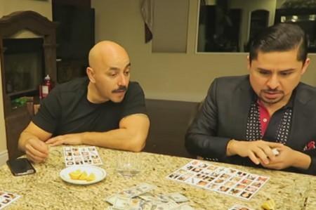 Lupillo Rivera y Larry Hernández juegan 'narcolotería'; video