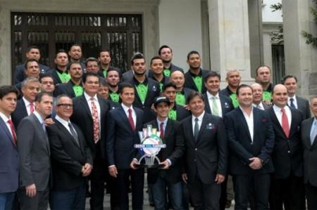 Peña Nieto recibe a los Venados de Mazatlán