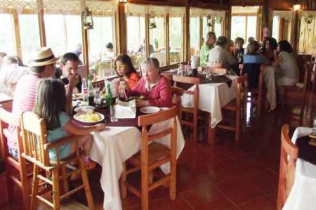 Restauranteros confían en 'cupido' este 14 de febrero