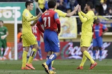 Villarreal gana a Levante y se acerca al Real Madrid