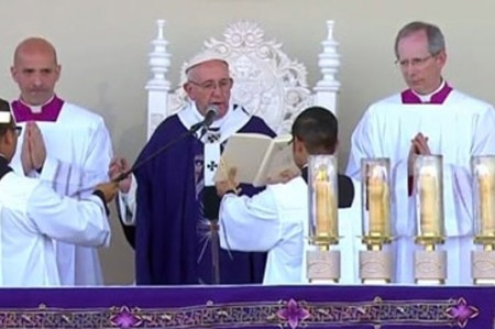 '¡No más muerte ni explotación!', clama el Papa en la frontera con EU