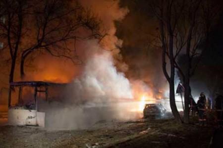Atentado en Pakistán causa 56 muertos y cerca de 200 heridos