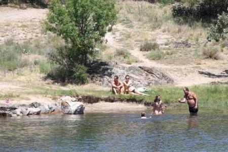 Bañarse en presas y canales puede poner la vida en riesgo