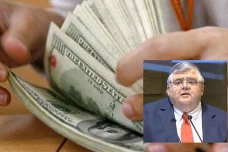 Vuelven las transferencias en dólares para empresas: Carstens