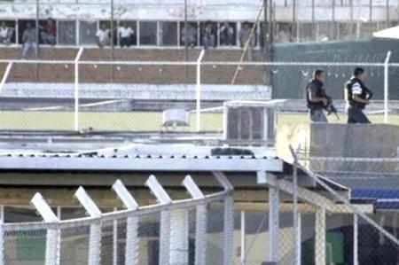 Cambian a reos de Centro de Ejecución de Victoria a penales federales