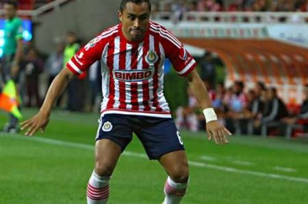Chivas le está metiendo entrega y corazón: Edwin Hernández