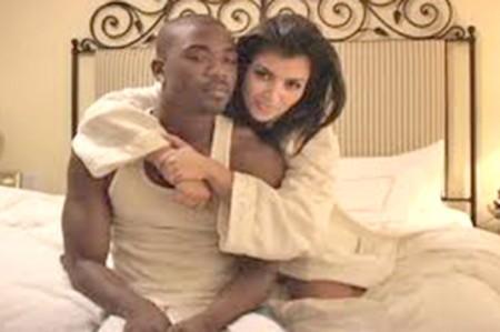 Kardashian y su madre filtraron video sexual, asegura nuevo libro