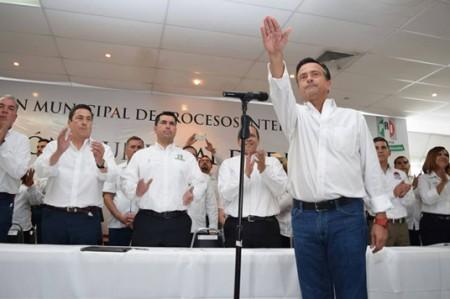 'Neto' ya es oficialmente candidato del PRI para alcaldía en Reynosa
