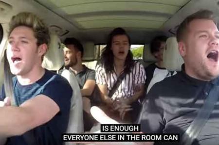 Hacen 'carpool karaoke' con artistas de verdad; video