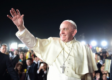 El Papa lavará los pies a 12 refugiados