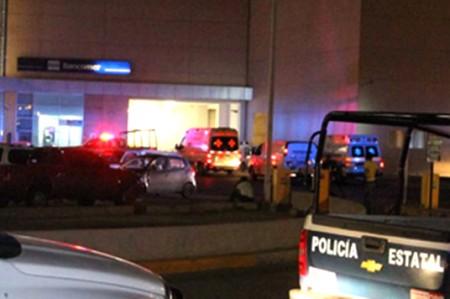 Atacan casino en Victoria; hay tres heridos