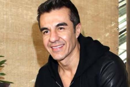 Adrián Uribe continúa su recuperación