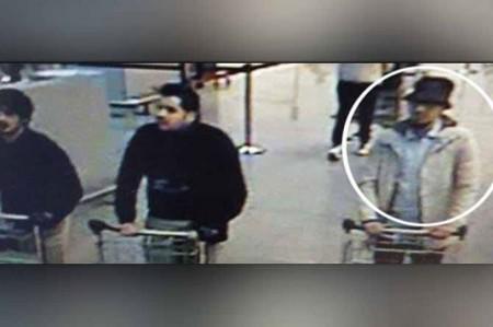 Bélgica emite orden de búsqueda de 'terrorista del sombrero'