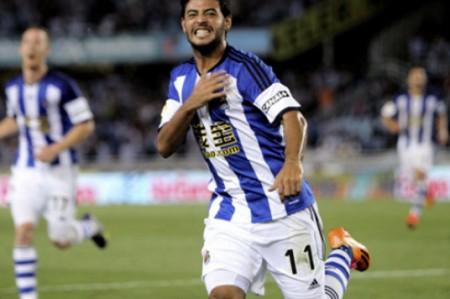 Con Vela y Reyes, Real Sociedad vence 2-1 al Sevilla