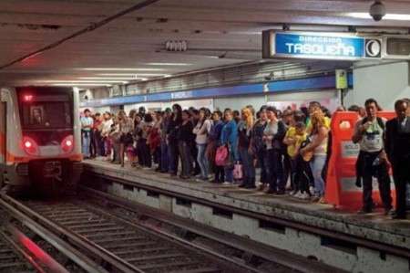 Detienen a acosador sexual de menor en el Metro