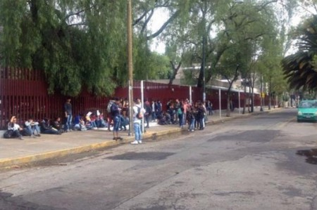 Trabajadores decretan paro de 24 horas en 3 escuelas del IPN