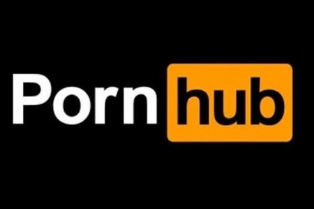 PornHub juega broma a usuarios del porno