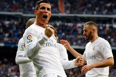 Real Madrid vence 2-1 en casa del Barcelona