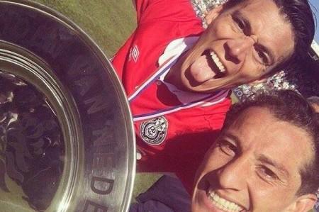 Andrés Guardado y Héctor Moreno son campeones con el PSV