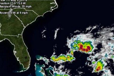 Esperan se forme tormenta tropical 'Bonnie' en el Atlántico