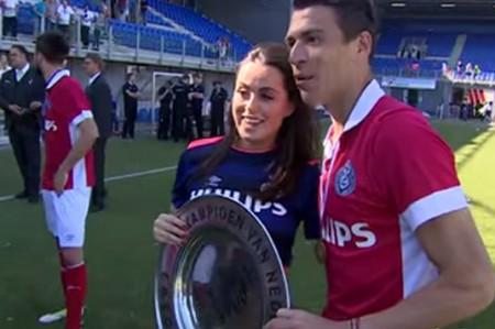Héctor Moreno contento tras obtener el campeonato de la Eredivisie