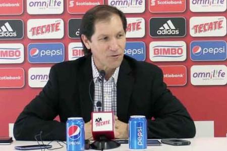 Chivas oficializa salida de Jaime Ordiales
