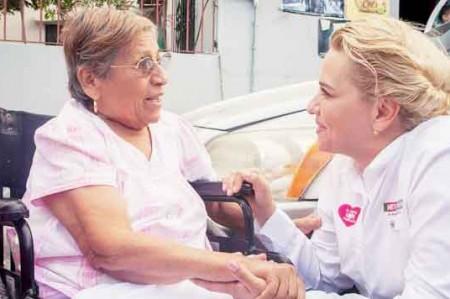 Verónica Gómez felicita a las madres de Reynosa