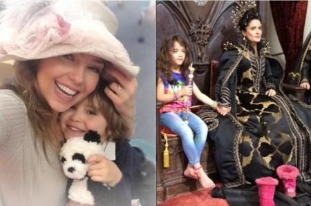 Thalía y Salma festejan el Día de las Madres