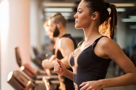 Hábitos que te hacen perder músculo, no grasa