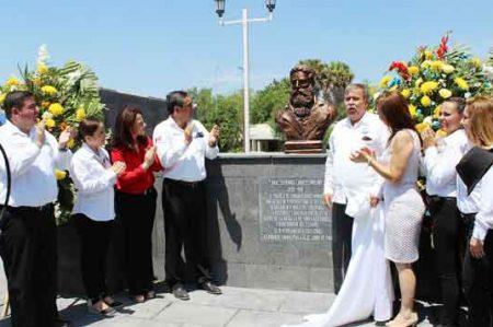 Develan en Camargo busto del general Servando Canales