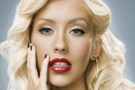 Christina Aguilera donará ganancias a víctimas de Orlando