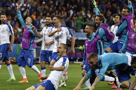 Italia vence a Bélgica 2-0 en la Eurocopa