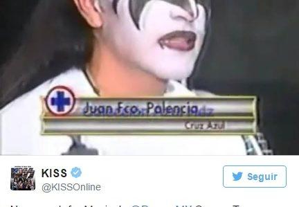 Kiss felicita a Paco Palencia en Twitter